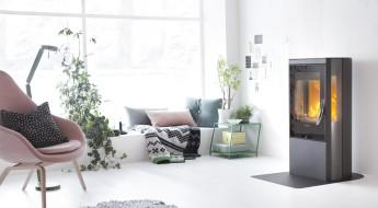 Bilde av stue med peis